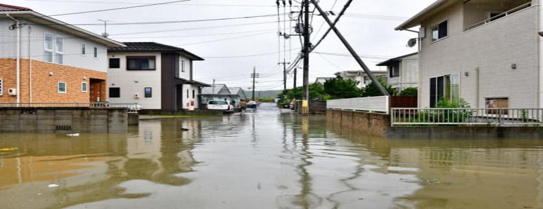 火災保険の「風水災補償」台風シーズン前に確認を